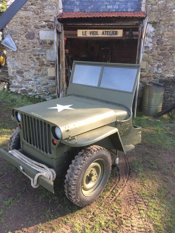 12 jeep 14 AV